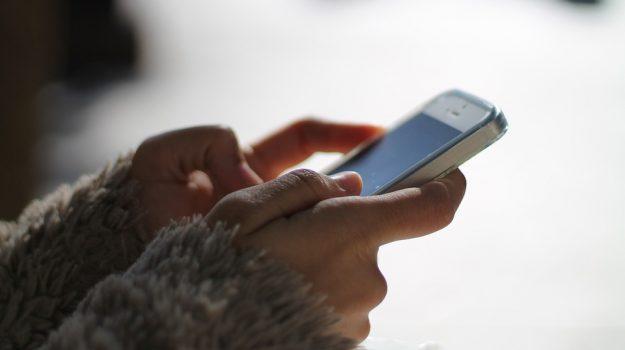 Chat e social, l'abuso può provocare iperattività e deficit di attenzione