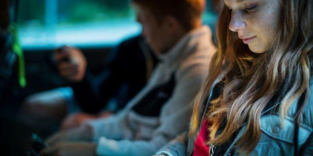DDAI negli adolescenti: tra le cause cosmetici e prodotti farmaceutici